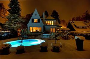 Картинки Здания Особняк Плавательный бассейн Ночь Снег город