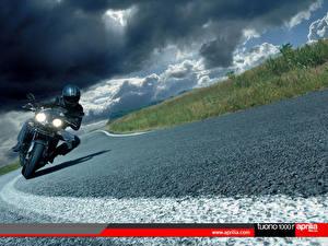Обои Спортбайк Aprilia Мотоциклы фото